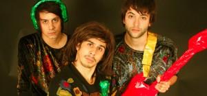 Naive New Beaters: Música para el fin de semana thumbnail